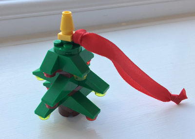 brick-christmas-tree-photo