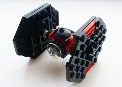 brick-star-wars-tie-fighter-photo
