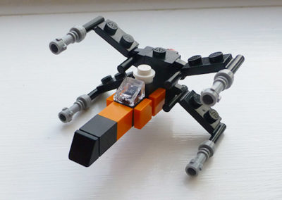 brick-star-wars-x-wing-photo