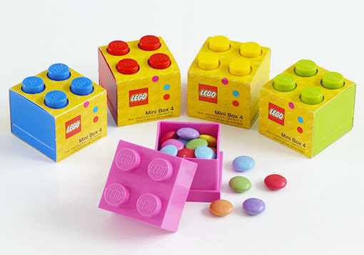 lego snack box in 5 colours, pink, blue, red, yellow, green