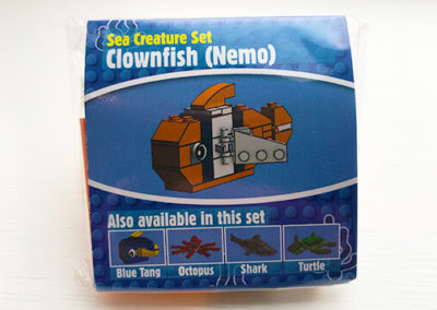 brick-finding-dory-nemo-clown-fish-packet-front