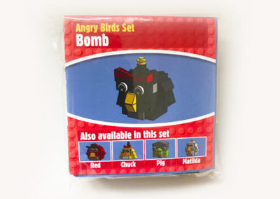 brick-angry-birds-bomb-packet-front